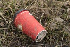 Taza caliente de papel roja de la bebida Fotografía de archivo libre de regalías