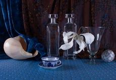 Taza china de la tradición de té en todavía del azul vida Fotografía de archivo