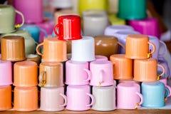 Taza colorida de la taza del zing Imagen de archivo libre de regalías