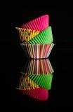 Taza colorida de la torta Foto de archivo