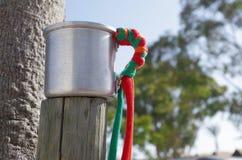 Taza de aluminio del festival del verano Fotografía de archivo libre de regalías