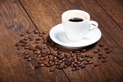 Taza de café blanca Foto de archivo
