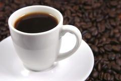 Taza de café blanca de la porcelana Fotografía de archivo