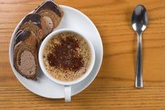 Taza de café con el postre Imagen de archivo libre de regalías