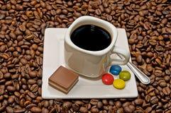 Taza de café con la decoración Foto de archivo