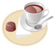 Taza de café con la trufa Fotografía de archivo libre de regalías