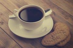 Taza de café con las galletas Imágenes de archivo libres de regalías