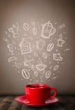 Taza de café con los accesorios dibujados mano de la cocina Imagenes de archivo