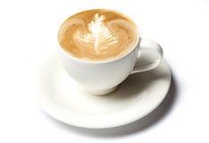 Taza de café de Barista aislada sobre blanco Imágenes de archivo libres de regalías