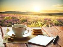 Taza de café de la tarde Imagenes de archivo