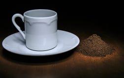 Taza de café del café y del grano de café Fotos de archivo libres de regalías