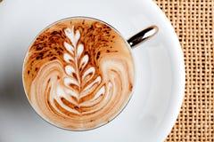 Taza de café del Cappuccino Imágenes de archivo libres de regalías