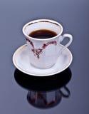 Taza de café en el fondo Foto de archivo