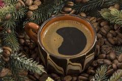 Taza de café, grano, árbol Imagenes de archivo