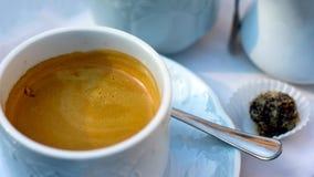 Taza de café y de caramelo del café express Fotografía de archivo