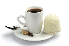 Taza de café y de melcochas Imágenes de archivo libres de regalías