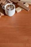 Taza de café y waffels Imagen de archivo