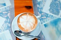 Taza de cappuccino mega Imagen de archivo