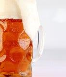 Taza de cerveza Imagenes de archivo