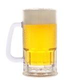 Taza de cerveza en blanco Foto de archivo libre de regalías