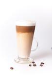 Taza de Coffe con los granos de café Foto de archivo libre de regalías