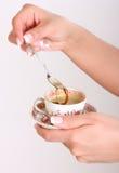 Taza de coffe a disposición Fotos de archivo
