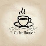 Taza de Coffe sobre viejo fondo de papel Cartel o bandera del vintage del café Imágenes de archivo libres de regalías