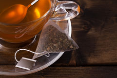 Taza de cristal fresca de té Fotografía de archivo libre de regalías