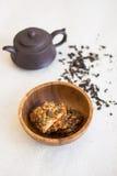 Taza de galletas del té y de la nuez Imágenes de archivo libres de regalías