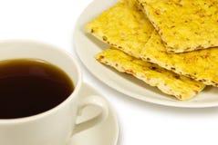 Taza de galletas del té y de la zanahoria Imagen de archivo