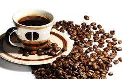 Taza de granos de café fotografía de archivo