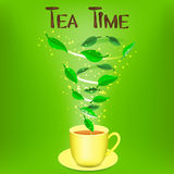 Taza de infusión de hierbas con tiempo del té del texto Imágenes de archivo libres de regalías