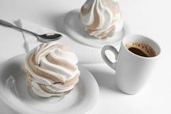 Taza de la melcocha y de café Foto de archivo libre de regalías