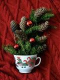 Taza de la Navidad de café foto de archivo