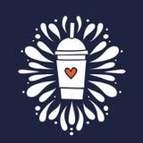 Taza de la sacudida del Smoothie con el ejemplo dibujado mano del vector del garabato del corazón Fotos de archivo
