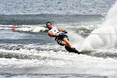 Taza de mundo del esquí de agua 2008 en la acción: Eslalom del hombre Fotografía de archivo