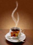 Taza de té caliente imágenes de archivo libres de regalías