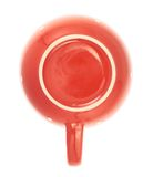 Taza de té de cerámica roja aislada Fotos de archivo libres de regalías