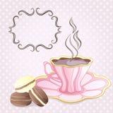 Taza de té y de galletas Fotografía de archivo libre de regalías