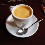 Taza del café con leche Fotos de archivo libres de regalías