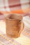 Taza handcrafted tradicional Foto de archivo libre de regalías