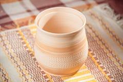 Taza handcrafted tradicional Imagen de archivo libre de regalías