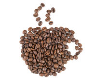 Taza hecha de los granos de café imágenes de archivo libres de regalías