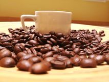 Taza y café imagenes de archivo