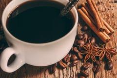 Taza y platillo de café Imagenes de archivo