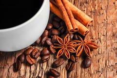 Taza y platillo de café Fotos de archivo