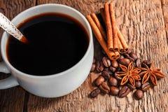 Taza y platillo de café Imágenes de archivo libres de regalías