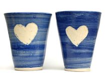 Tazas azules del amor Foto de archivo