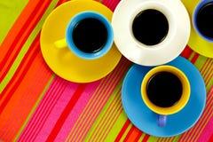 Tazas brillantes del café plano de la endecha Fotografía de archivo