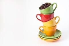 Tazas coloreadas Imagen de archivo libre de regalías